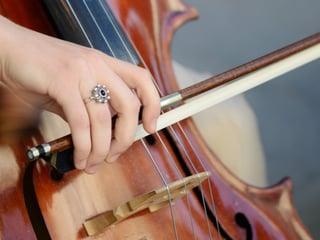 Sherri Macmillan - Deryn Cullen - I am Cello