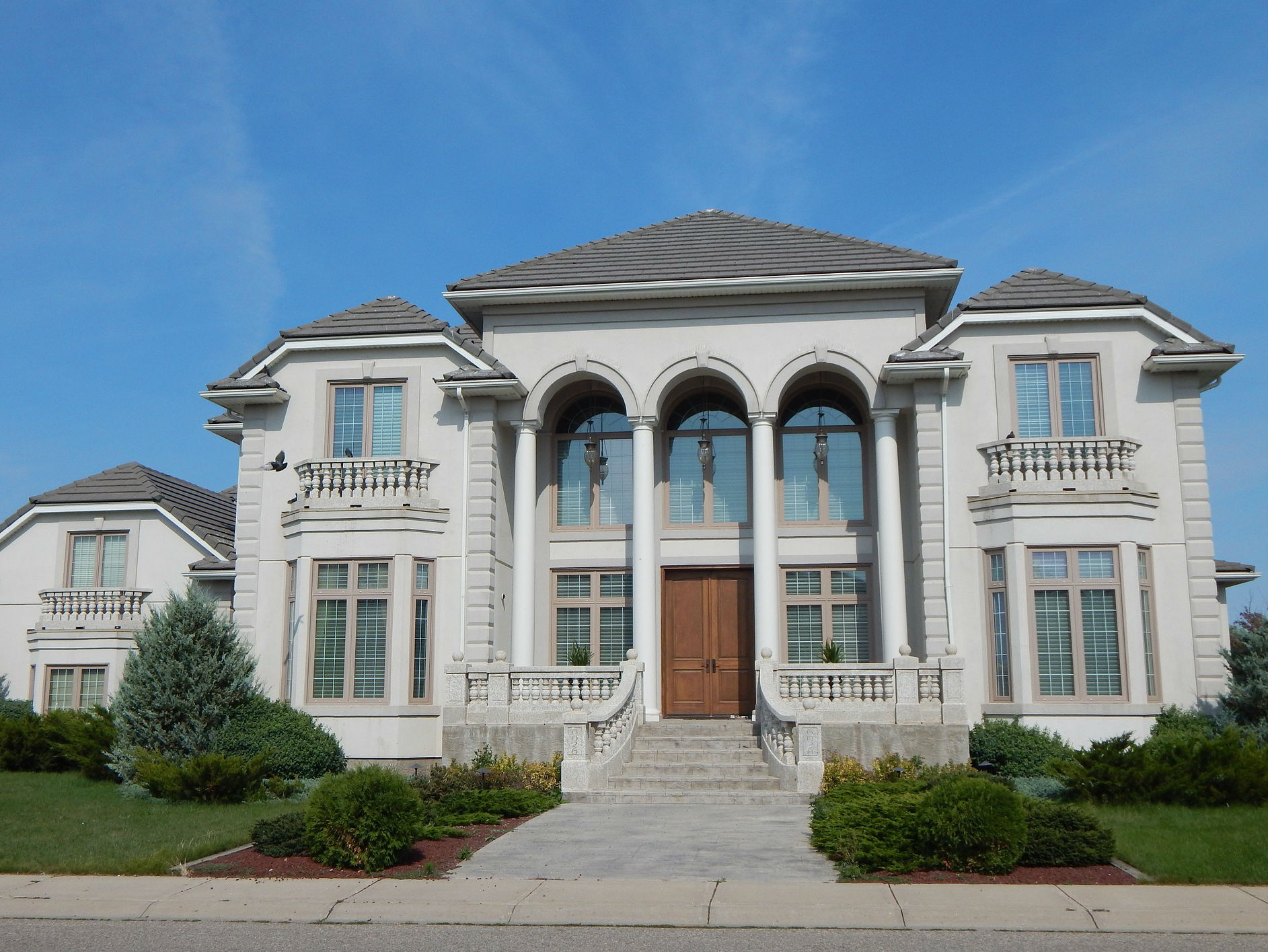 mansion-4x3.jpg